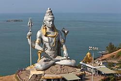 Otchet o pervoj poezdke v Indiju, na Goa. Otzyv ob otdyhe na pljazhe Kolva. Jekskursii v Murdeshvar v shtate Karnataka. Karta raspolozhenija pljazhej kurorta. Pochitajte i kommentarii – mnogo informacii.