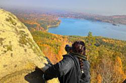 Otchet o poezdke vyhodnogo dnya na skaly Arakul'skij shihan osen'yu 2014 goda. Vse snimki polucheny na kropnutuyu zerkalku Nikon D5100 s ob