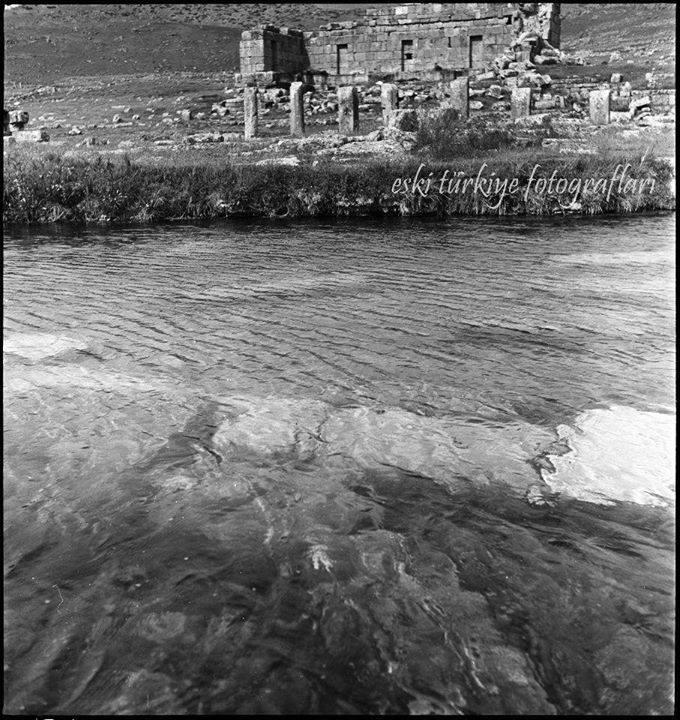 33. Еще вид на бассейн Клеопатры.
