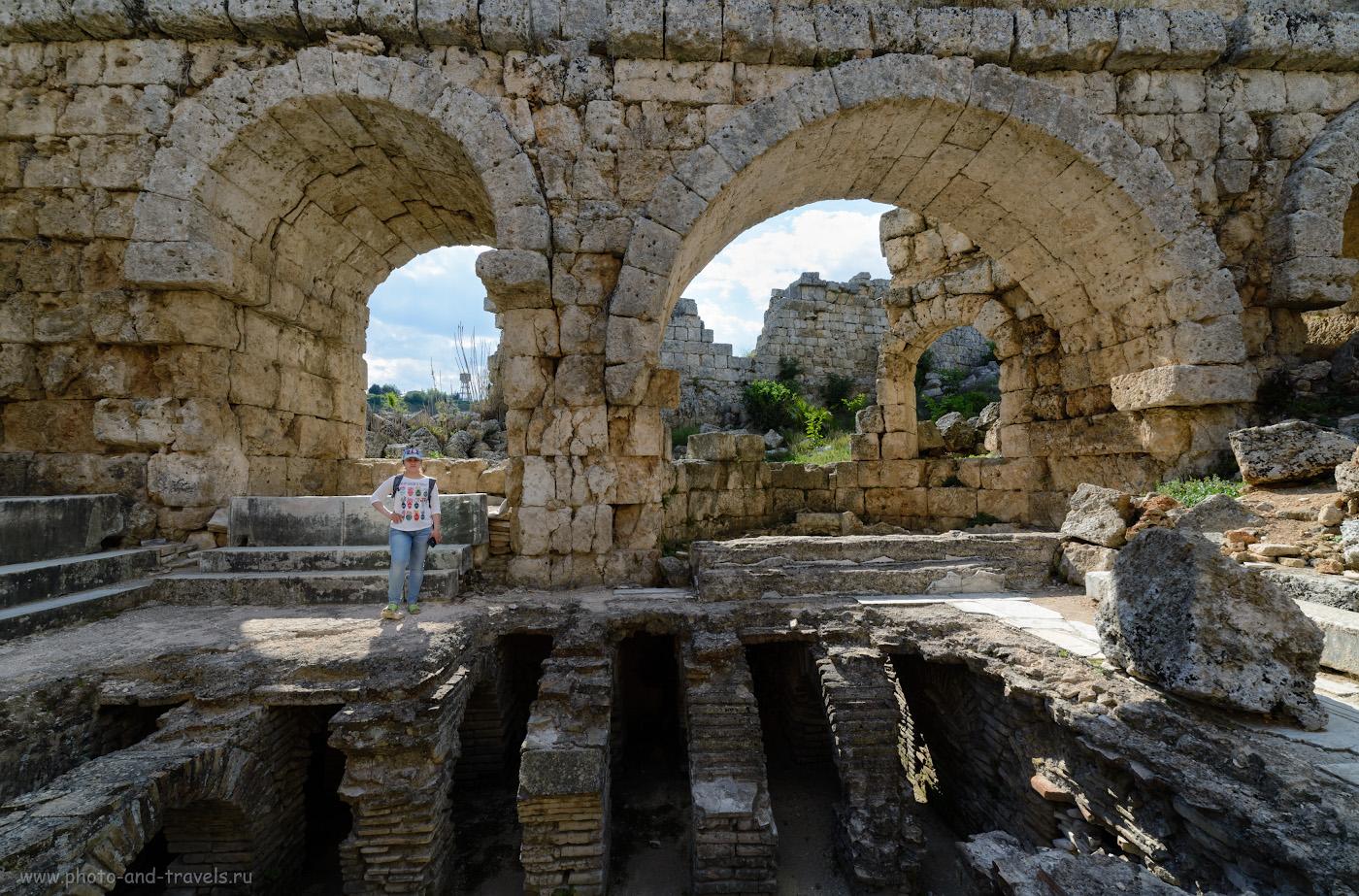 Фото 28. Римские бани. Экскурсия в Перге. Поездка из Анталии по интересным местам в округе. Как мы отдыхали в Турции. 1/160, 8.0, 100, -1.0, 14.