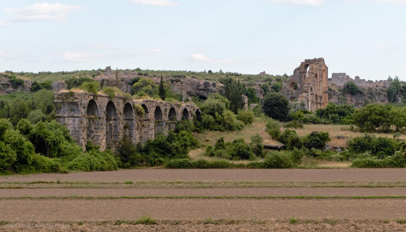 Фотография 33. Акведук в окрестностях античного города Аспендос (Aspendos), что недалеко от Анталии. Отчеты туристов об отдыхе в Турции. Исследуем достопримечательности. 1/100, 8.0, 100, 70.