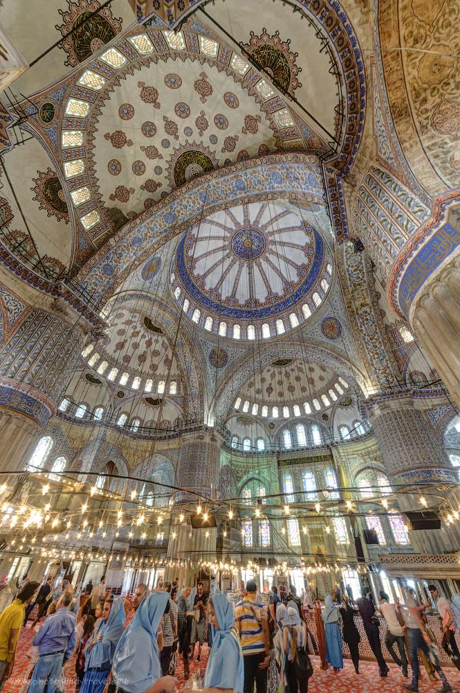 Фотография 5. Купола мечети Султанахмет. Отзывы туристов об экскурсиях по Стамбулу. Поездка в Турцию самостоятельно. HDR из трех кадров, снятых на Nikon D610 и ширик Samyang 14mm f/2.8.