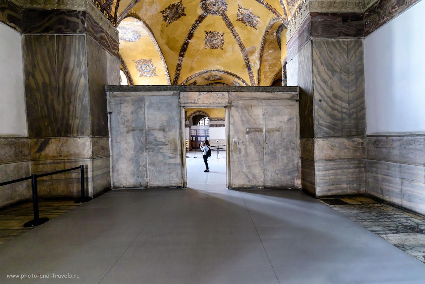 Фото 31. Мраморные ворота в Айя-Софии. Что мы успели посмотреть в Стамбуле за один день. Поездка в Турцию на отдых. 1/20, 5.6, 3200, 14.