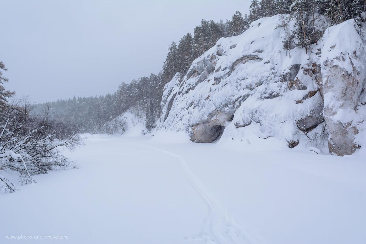 Фото 15. Зимний пейзаж на Nikon D5200 и зум Nikon 17-55mm f/2.8. В отзывах можно встретить мнение, что репортажник слишком контрастный. В пургу это – скорее, плюс, чем минус. 1/100, +1.33, 9.0, 280, 17.