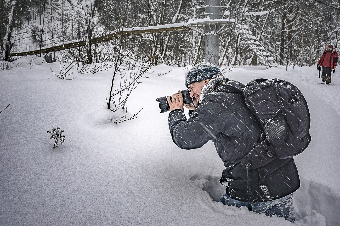 Изображение 4. Обзор Nikon D5200 с объективом Nikon 17-55mm f/2.8. Фото получено на беззеркалку Sony Alpha A6000 Kit 16-50. Параметры: f/11, 1/100, 100, -1, 23.