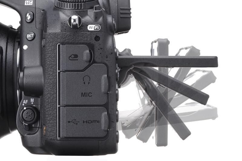 Рисунок 8. Откидной монитор Nikon D750 с 3-х осевой конструкцией устроен так, что экран не затеняется видоискателем даже, если зритель смотрит на него прямо сверху.