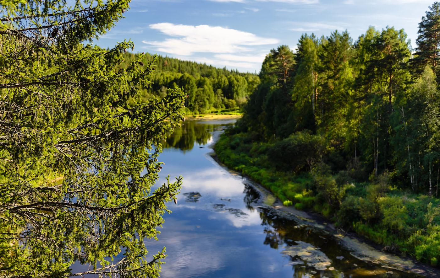 Фото 13. Пеший поход по скалам на реке Чусовая.