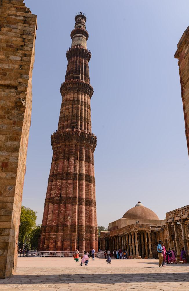 Фото 21. Самый высокий кирпичный минарет в мире Кутб-Минар. Отчеты туристов о самостоятельной экскурсии в Дели. 1/320, 0.33, 9.0, 100, 32.