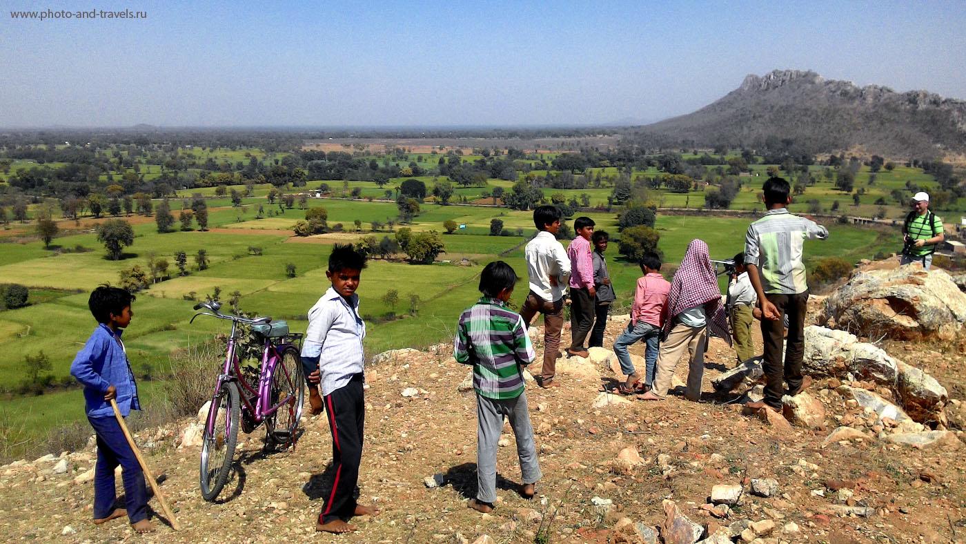 Фото 18. Экскурсия в горы в окрестностях Каджурахо. Отчеты туристов о путешествии по Индии в феврале. Снято на смартфон Asus Zenfone 6.
