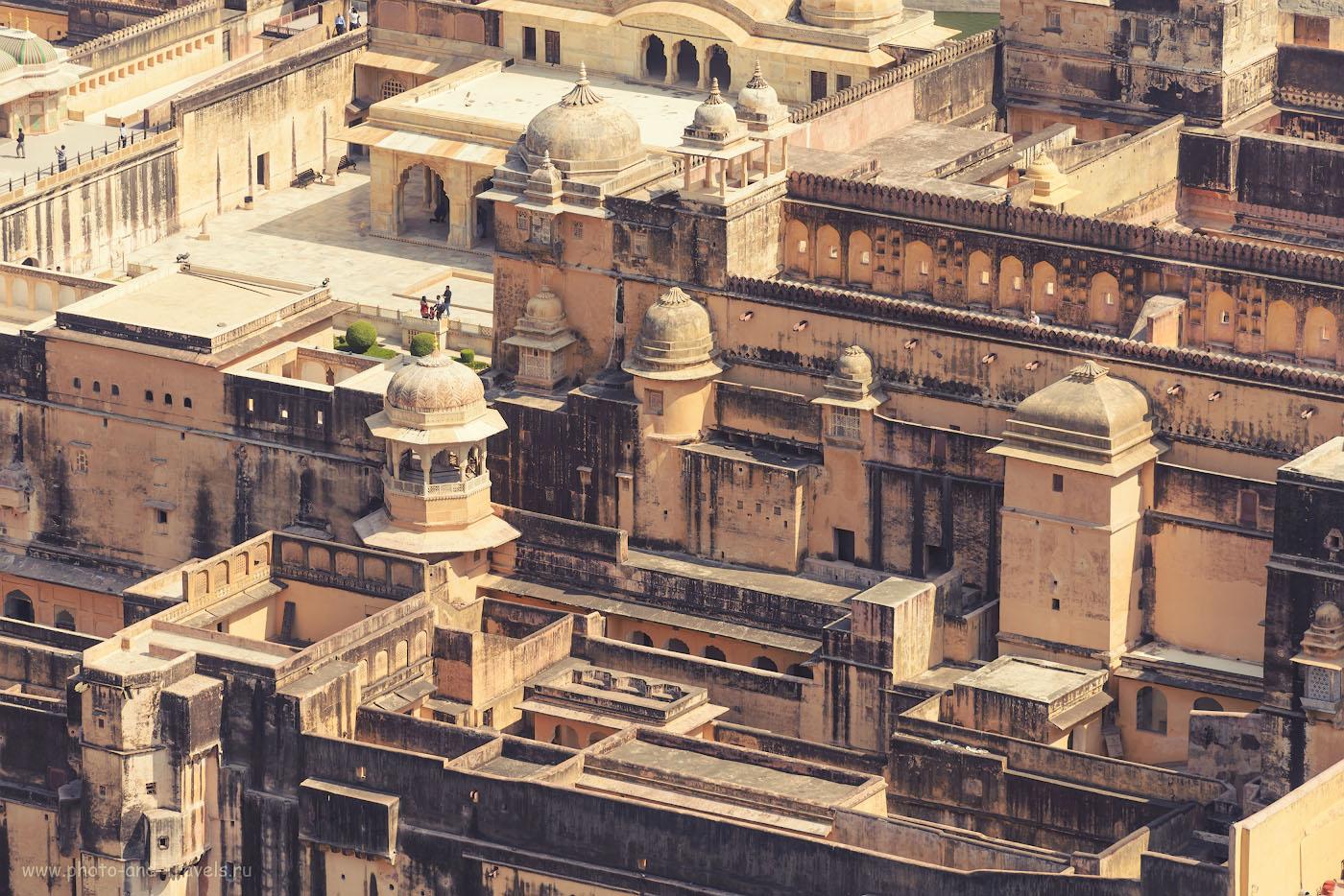 Фотография 23. Вид на крепость Амбер со стен Джейгара. Поездка в Джайпур самостоятельно. 1/400, 9.0, 200, 200.