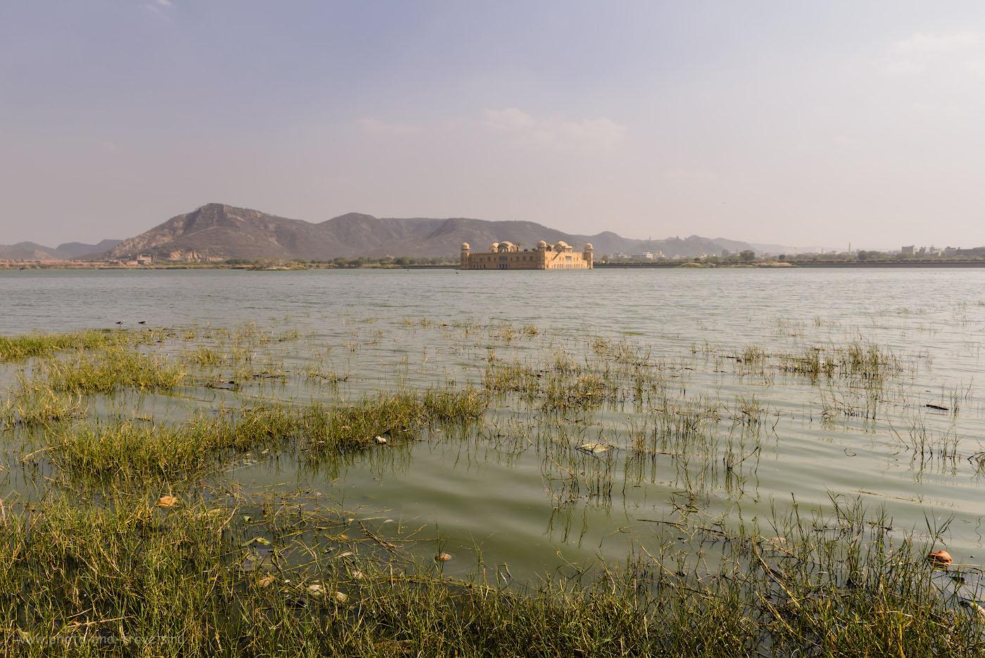 Фотография 5. Дворец Джал-Махал на озере Мэн Сагар в Джайпуре. Отзывы туристов о путешествии в Индию самостоятельно. 1/250, 9.0, 100, 24.