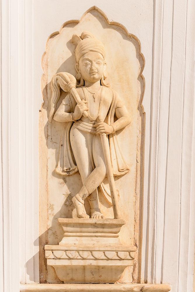 Фотография 8. Барельеф во дворце ветров в Джайпуре. Отчеты туристов о поездке в Индию. 1/800, +0.67, 5.0, 100, 28.