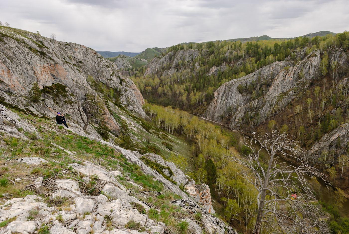 Фотография 16. Весной в Мурадымовском ущелье немноголюдно, вот где можно отдохнуть душой. 1/125, -1.0, 8.0, 100, 17.