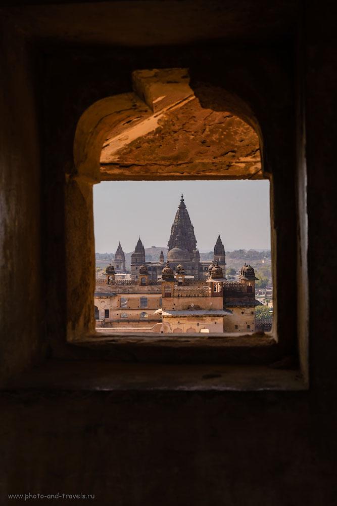 Снимок 13. Вид на храм Чатурбхудж Мандир. Отзывы туристов о самостоятельной поездке в Орчху.