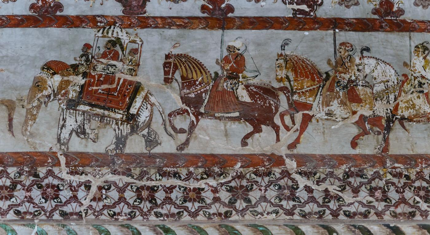 Фотография 27. Фрески на стенах дворца в Орчхе.