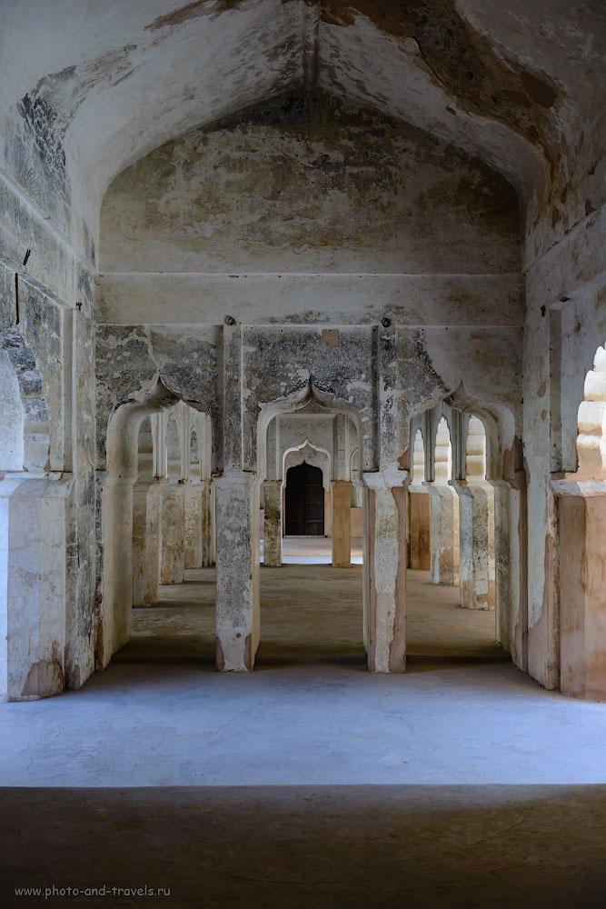 Фото 26. Зал с фресками во дворце Радж-Махал в Орчхе.