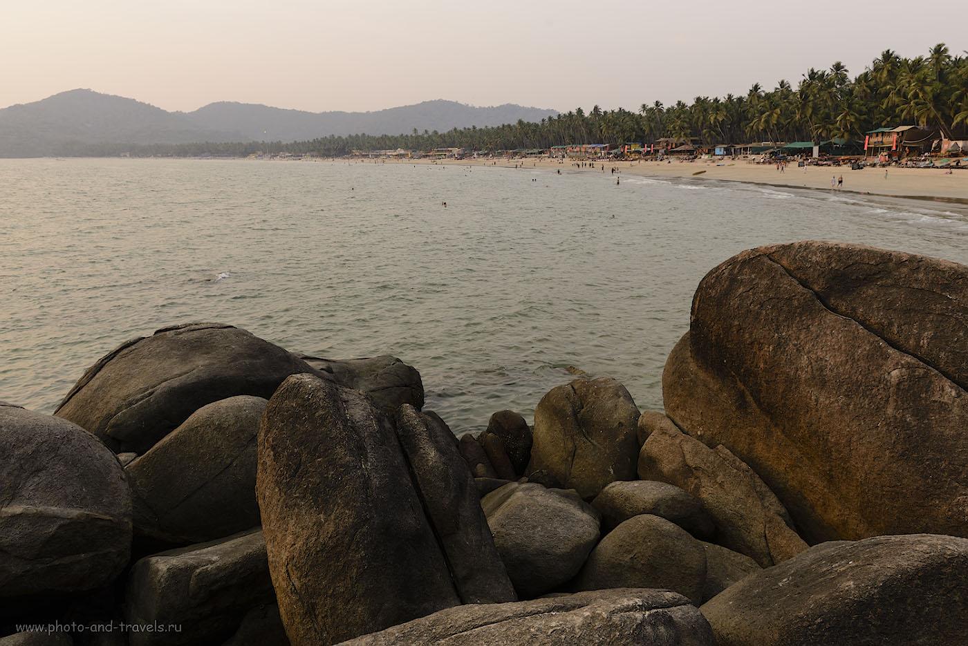Фотография 6. Вид на пляж Палолем вечером. Снято с южной части, обозначенной на карте надписью «Камни». 1/50, -0.67, 8.0, 150, 24.