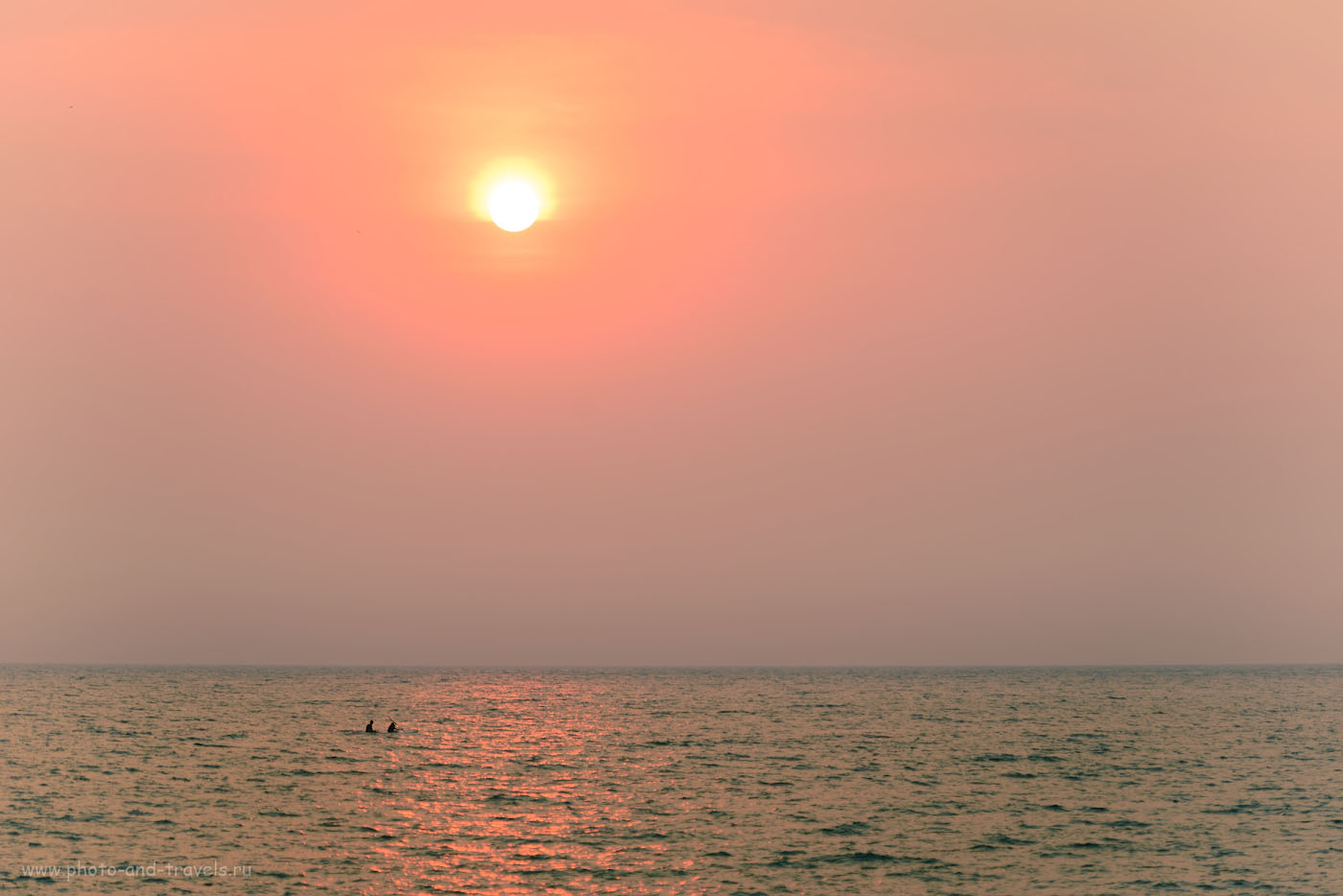 Фото 5. Закат над Аравийским морем. Отзыв об отдыхе в Индии. 1/400, -0.33, 4.0, 100, 135.