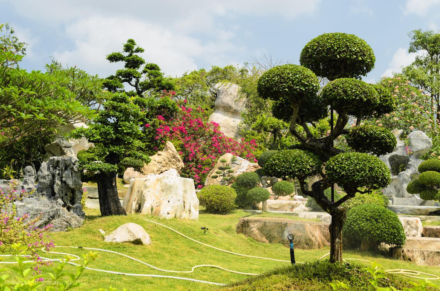 Фото 1. Ландшафты Парка Миллионолетних Камней в Паттайе. Отчет о самостоятельном отдыхе в Таиланде. Фотоаппарат Nikon D5100 с объективом Nikon 17-55mm f/2.8 + поляризационный фильтр HoyaPro 1 Digital Circular Polarizer. Настройки: выдержка 1/200, f/9.0, ISO 100, фокусное расстояние 30.