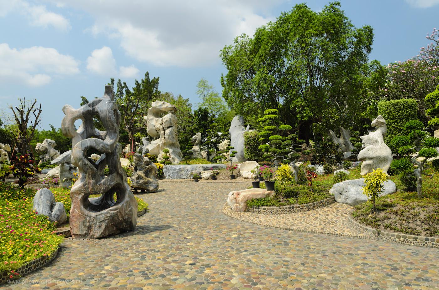 """Фото 3. Древние камни в саду """"The Million Years Stone Park & Pattaya Crocodile Farm"""". Отчет о самостоятельной экскурсии из Паттайи. 1/100, 9.0, 100, 19."""