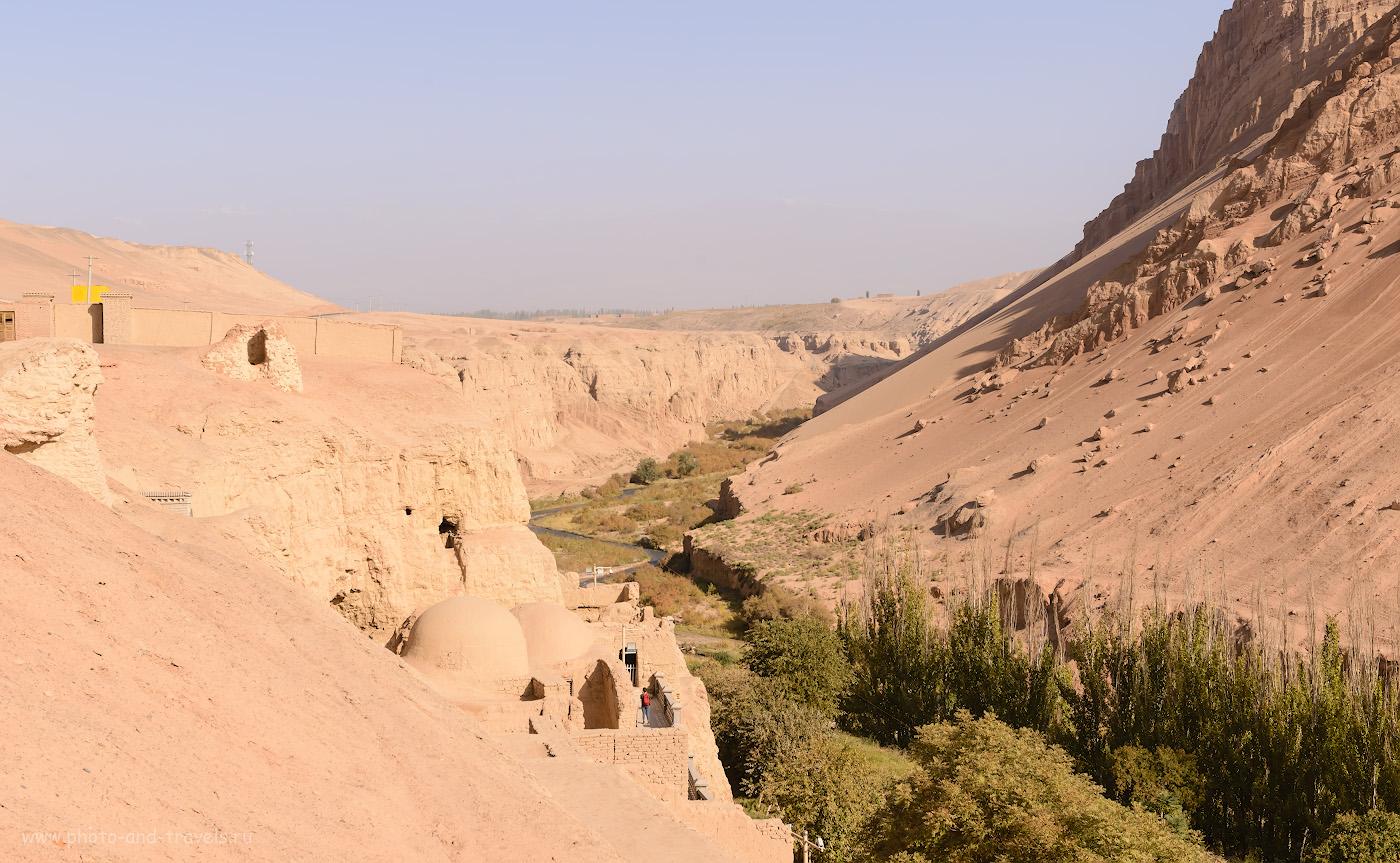Фото 13. Долина Мутоу, где расположены пещеры Тысячи Будд Безеклик. Отзывы об экскурсиях в окрестностях Турфана. 1/800, +0.67, 9.0, 450, 45.