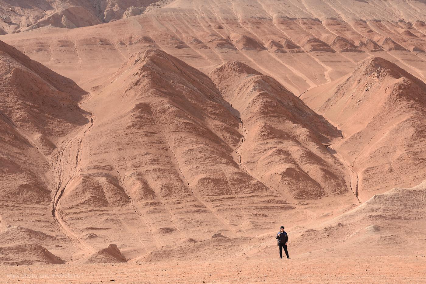 Фотография 21. Песчаные и глиняные склоны Пылающих гор. Отзывы об экскурсии к Пещерам тысячи Будд Безеклик. 1/200, +1.0, 8.0, 250, 98.
