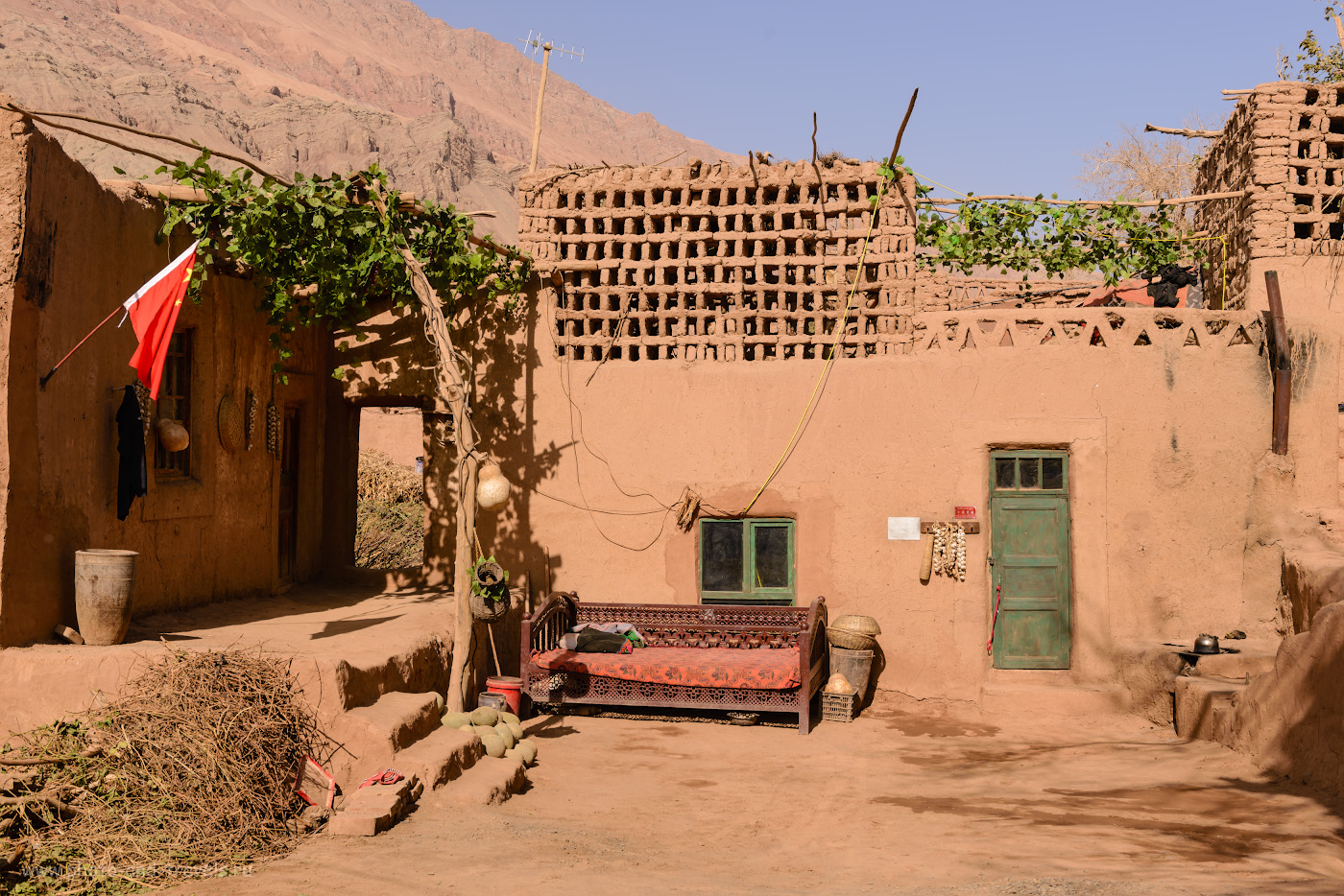 Фотография 5. Жилые дома в кишлаке Туюк-мазар в окрестностях Турфана. Посмотрите, как выглядел Восточный Туркестан 100 лет назад. Поездка в Китай самостоятельно. 1/320, 8.0, 100, 40.