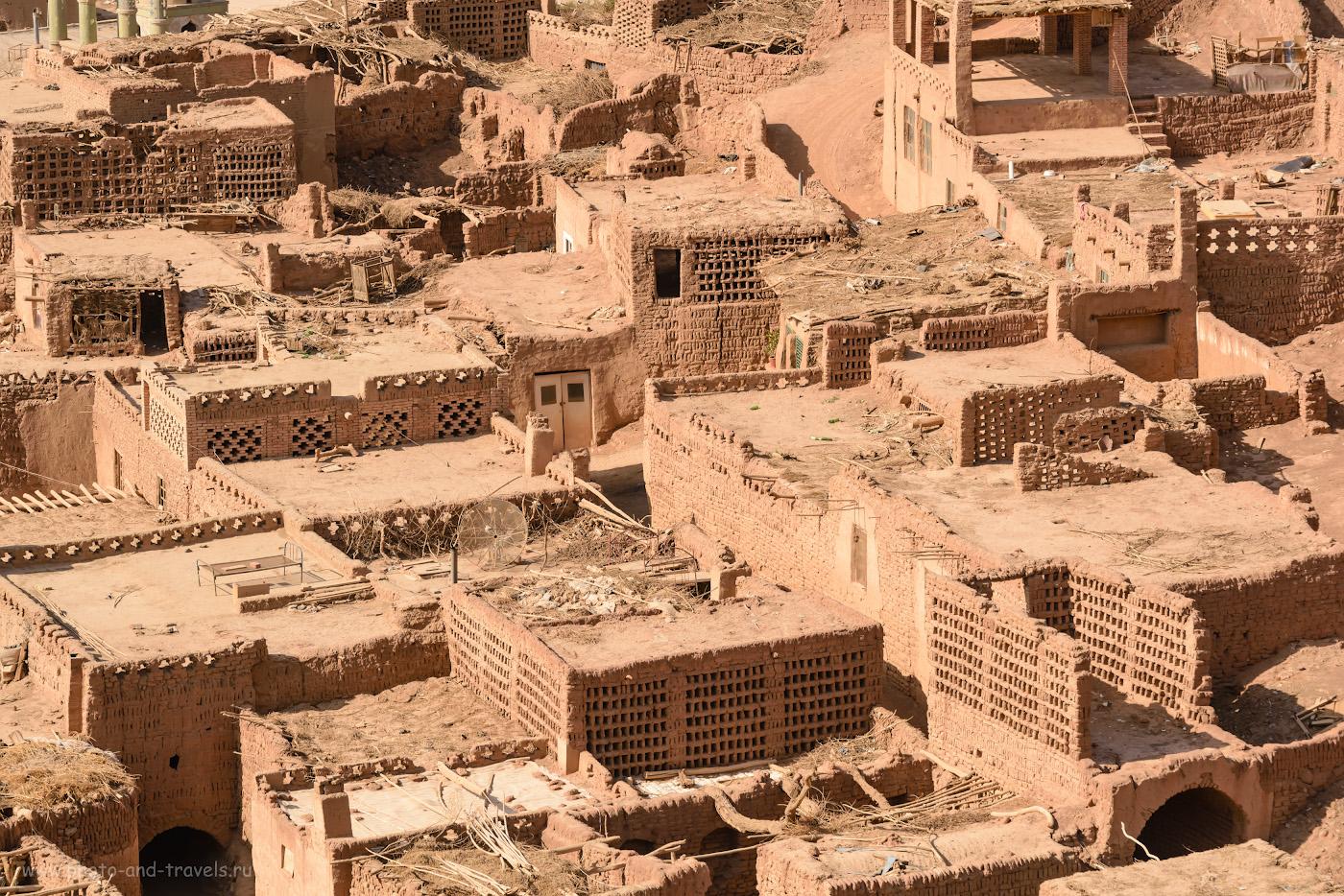 Фотография 13. Древний кишлак Туюк-мазар. Поездка в Синьцзян-Уйгурский автономный регион Китая. 1/250, +0.67, 8.0, 280, 250.
