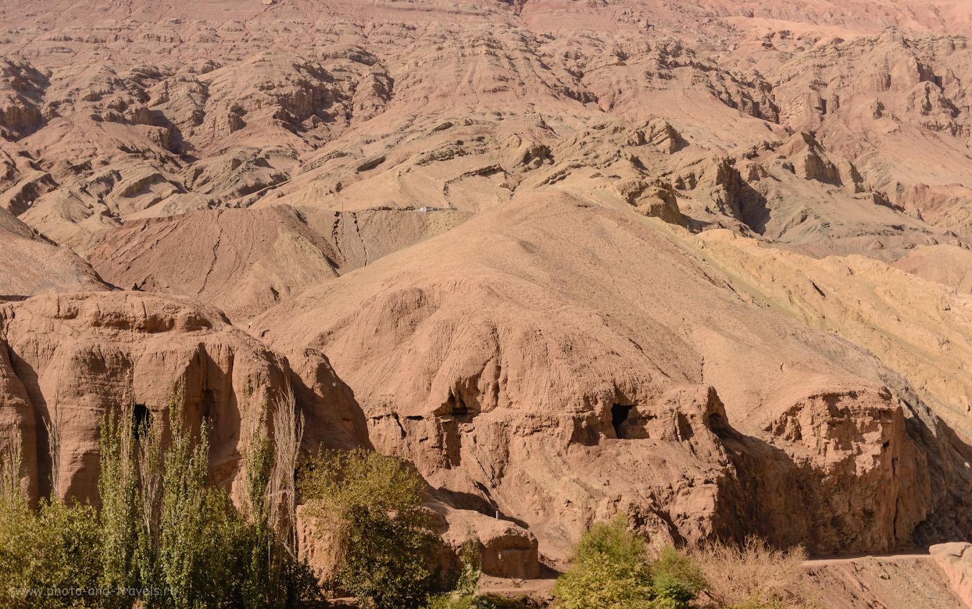 Фотография 17. Пещеры в поселке Туюк-мазар. Отзывы об экскурсии в Турфане. Поездка в Китай. 1/2500, 2.8, 100, 52.