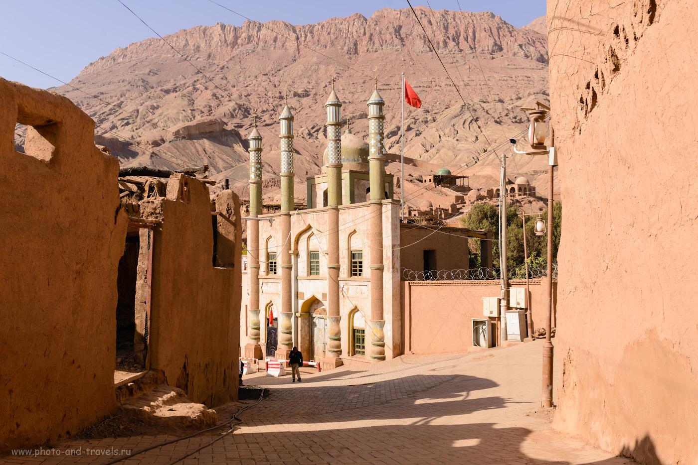 Снимок 20. Мечеть на центральной площади кишлака Туюк-мазар. Отзыв об экскурсии из Урумчи. Куда поехать. 1/250, +0.67, 8.0, 100, 29.