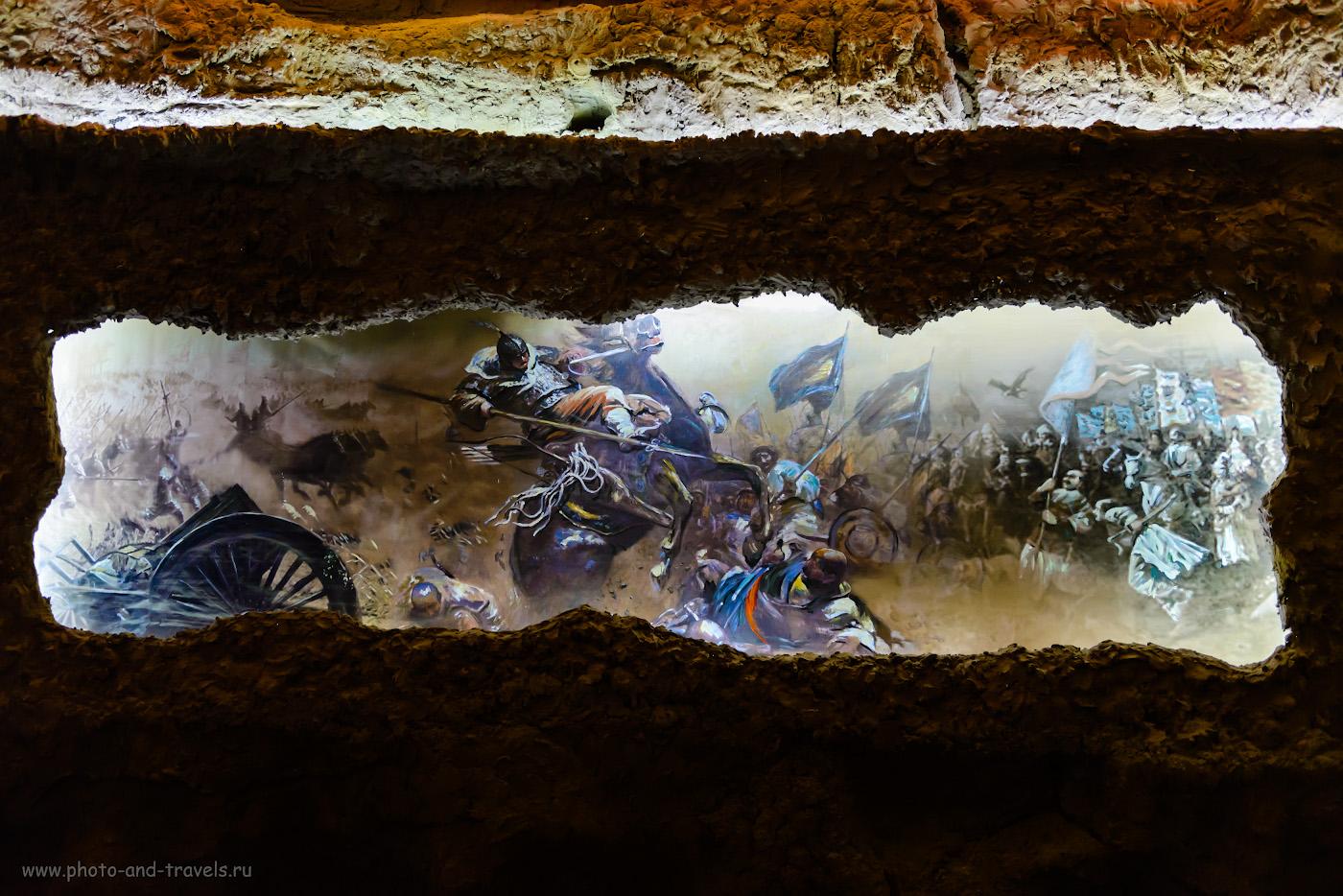 Фото 2. Земли Турфанского оазиса, политые водой из киязов и, наверное, еще больше - кровью тысяч людей, павших за возможность контролировать Цзяохэ, значимый форпост на Великом шелковом пути. В путешествии изучаем историю Китая.