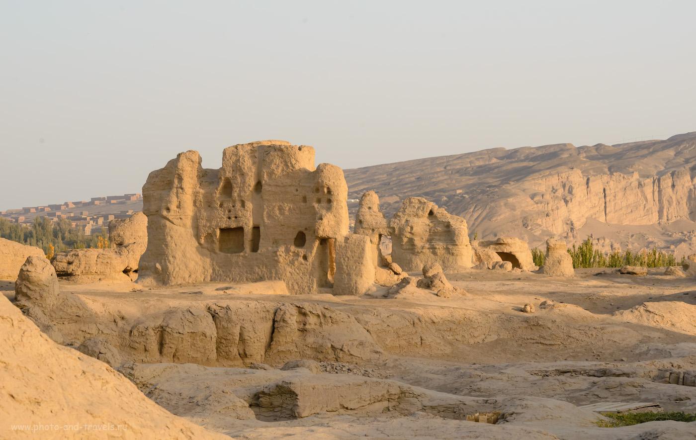 Фотография 15. Замки из песка в старинном городе Яр-хото. Экскурсии в Турфане в окрестностях Урумчи во время поездки в Китай самостоятельно.
