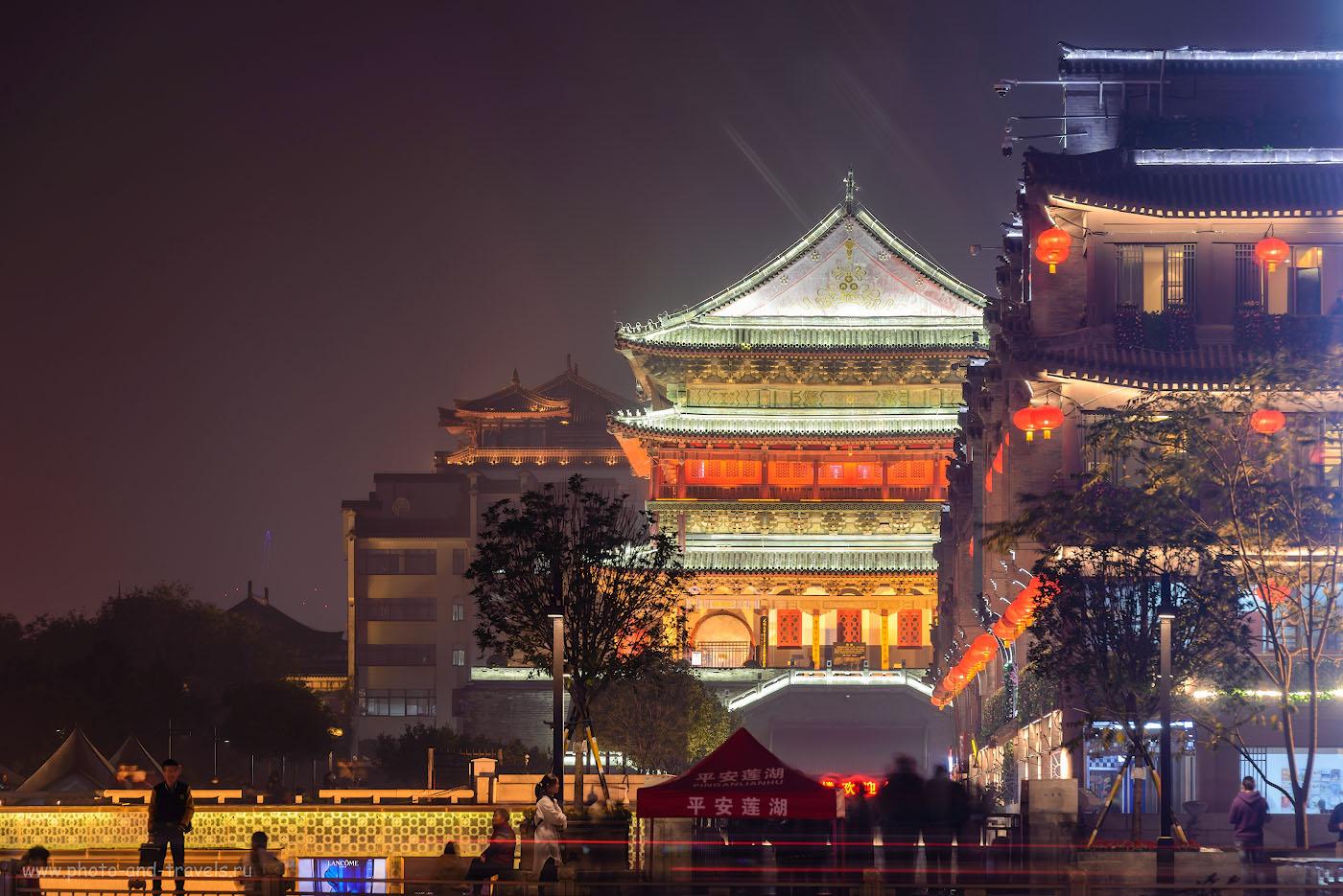 Фото 20. Ночной Сиань. Отзыв о путешествии по Китаю самостоятельно. Такую красоту можно увидеть перед экскурсией на гору Хуашань. Камера Nikon D610 с объективом Nikon 70-200mm f/2.8. Снято со штатива Sirui T-2204X. Настройки: 4.0, +0.67, 10.0, 100, 190.