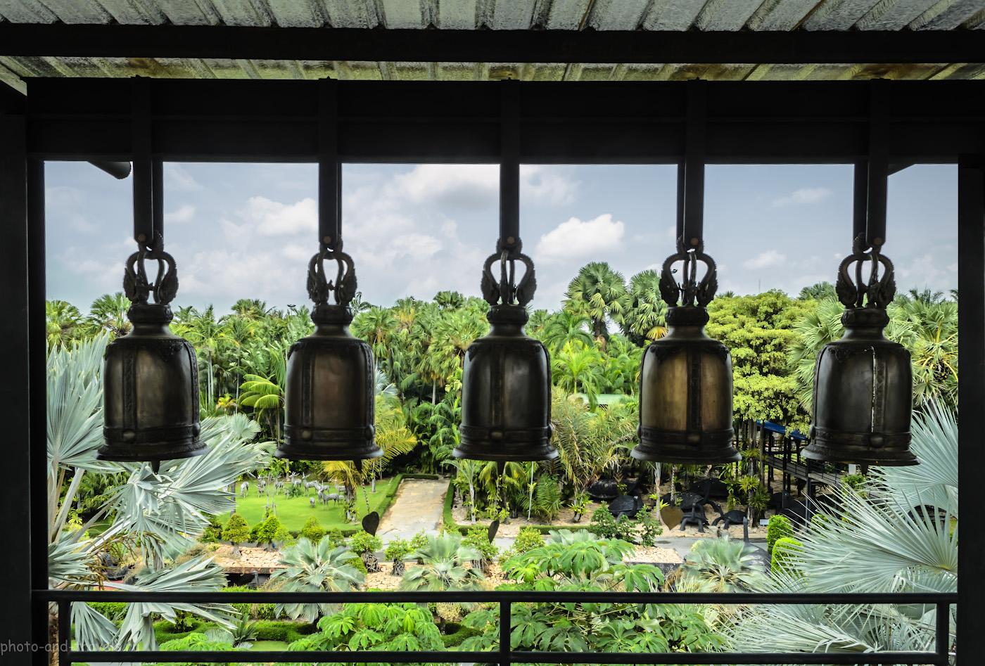 """32.Колокола. Парк """"Nong Nooch Tropical Botanical Garden"""" в Паттайе (Pattaya) в Таиланде."""