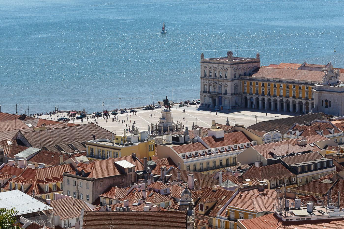 Фото №21. Площадь Коммерции в Лиссабоне. Отдых в Португалии самостоятельно. 1/250, -1 EV, f 14, ISO 100, 121 мм.