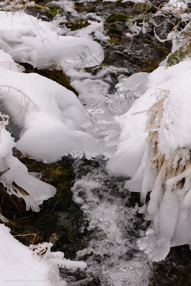 Фото 17. Потоки водопада Плакун. Вот бы сюда на объектив накрутить нейтральный ND-фильтр, чтобы размыть струи «в молоко»! Отзывы фотографов о поездке по интересным местам пермского края.
