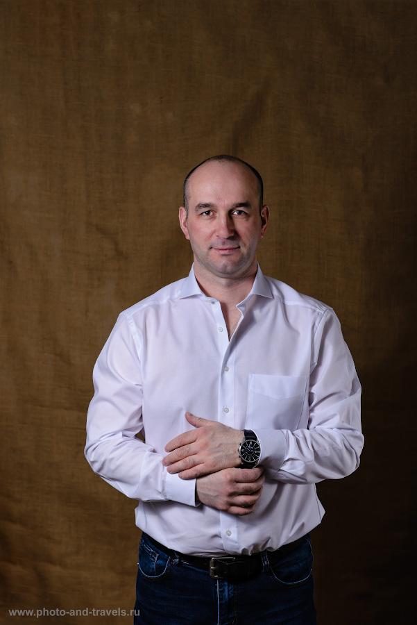 Фото 13. Учимся фотографировать портрет с двумя внешними вспышками YongnuoYN685N. Камера Nikon D610, объектив Nikon 24-70mm f/2.8G. Трансмиттер Yongnuo YN-622N-TX. Схема освещения типовая: белый зонт на просвет слева, маленький софтобокс на вспышке справа. Настройки: и фотоаппарат, и свет в режиме «М»; 1/200, 5.0, 100, 70.