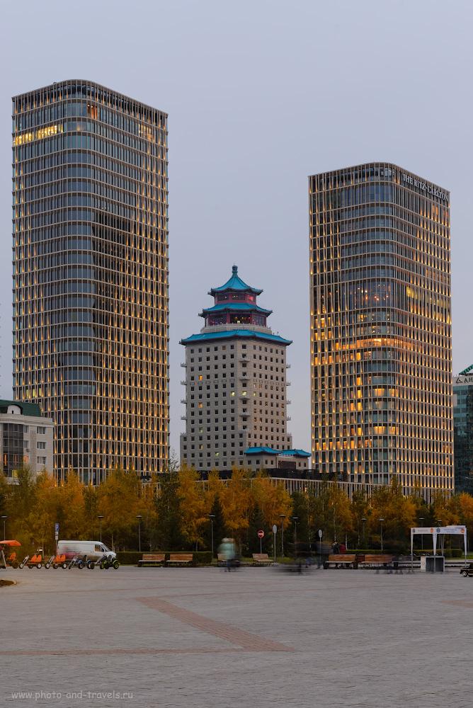 Фотография 10. Люксовая китайская гостиница «Beijing Palace Soluxe Hotel Astana», расположенная напротив монумента «Байтерек» в Астане. Отзывы о прогулке по центру города. Пересадка в Казахстане во время полета в Китай. В=1.6 сек., +0.33, 9.0, 100, 66.