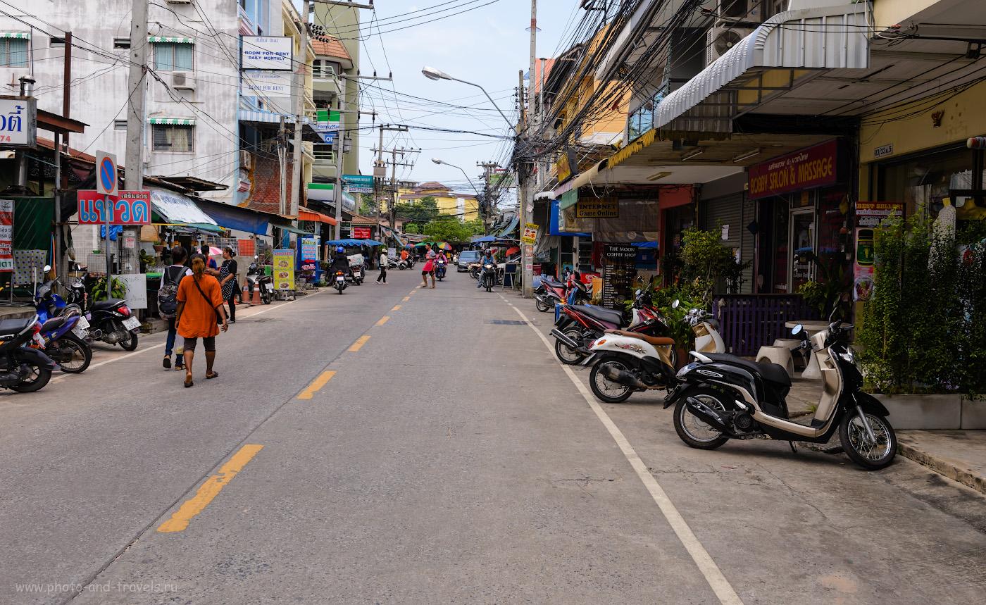 Фото 4. Чтобы попасть в Храм Истины в Паттайе, нужно доехать на тук-туке по улице Pattaya-Naklua до переулка Na Kluea 14, а затем прогуляться 25 минут пешочком. 1/125, -0.33, 8.0, 100, 29.