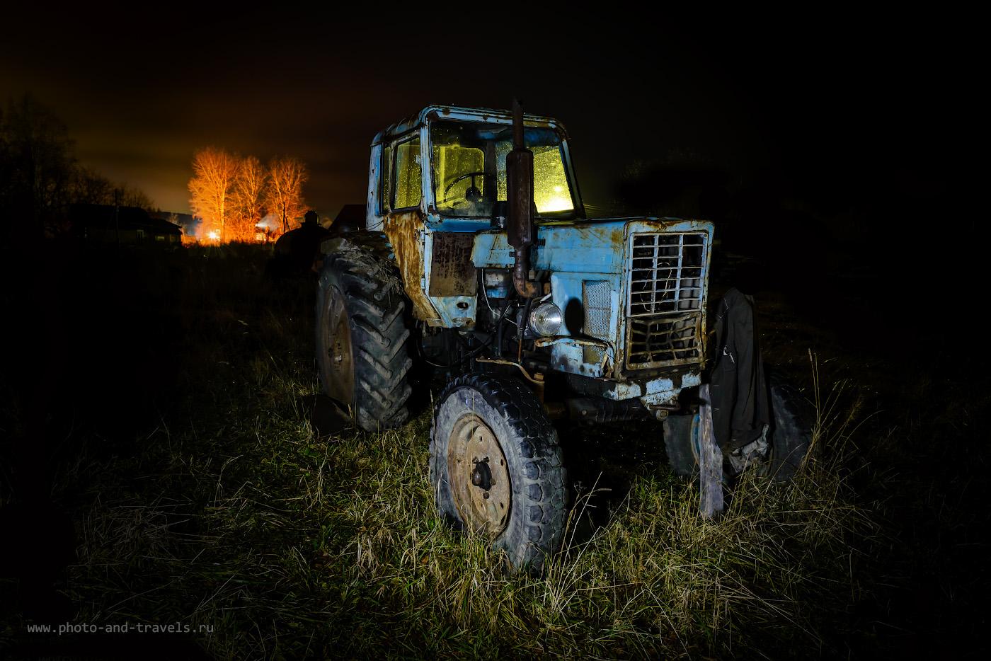 Фото 7. Старый трактор в деревне Сасыково. Как я ездил смотреть водопад Плакун в Пермском крае. 30 сек., +1.0, 8.0, 24.