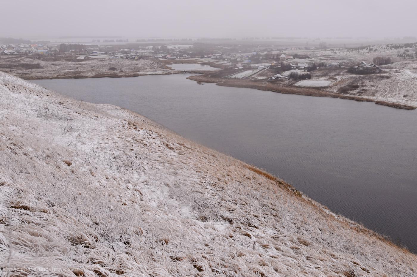Фото 48. Вид на село Орда и Первый пруд на реке Кунгур со смотровой площадки на Казаковской горе, где находится спуск в Ординскую пещеру. 1/8, +1.33, 8.0, 100, 26.