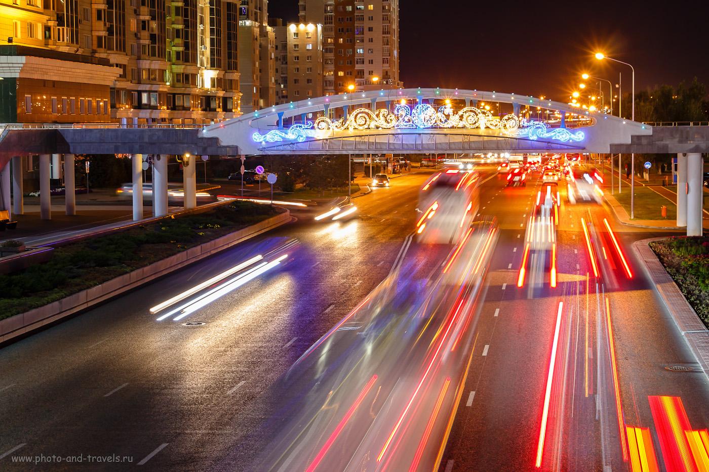 Фотография 4. Мост в Астане, ведущий к площади перед резиденцией президента «Ак Орда». 1/6, 0, 8, 400, 50.
