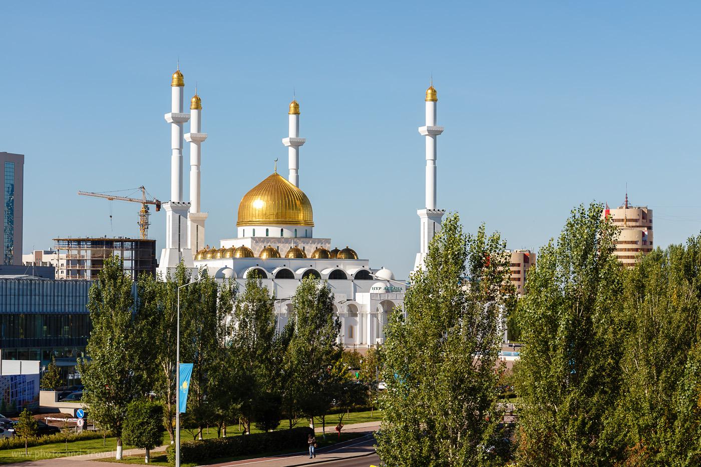 Фото 6. Вид на мечеть «Нур Астана» от ЖК «Северное сияние». Отзывы о поездке в Казахстан на машине. 1/320, +0.3, 8, 100, 50.