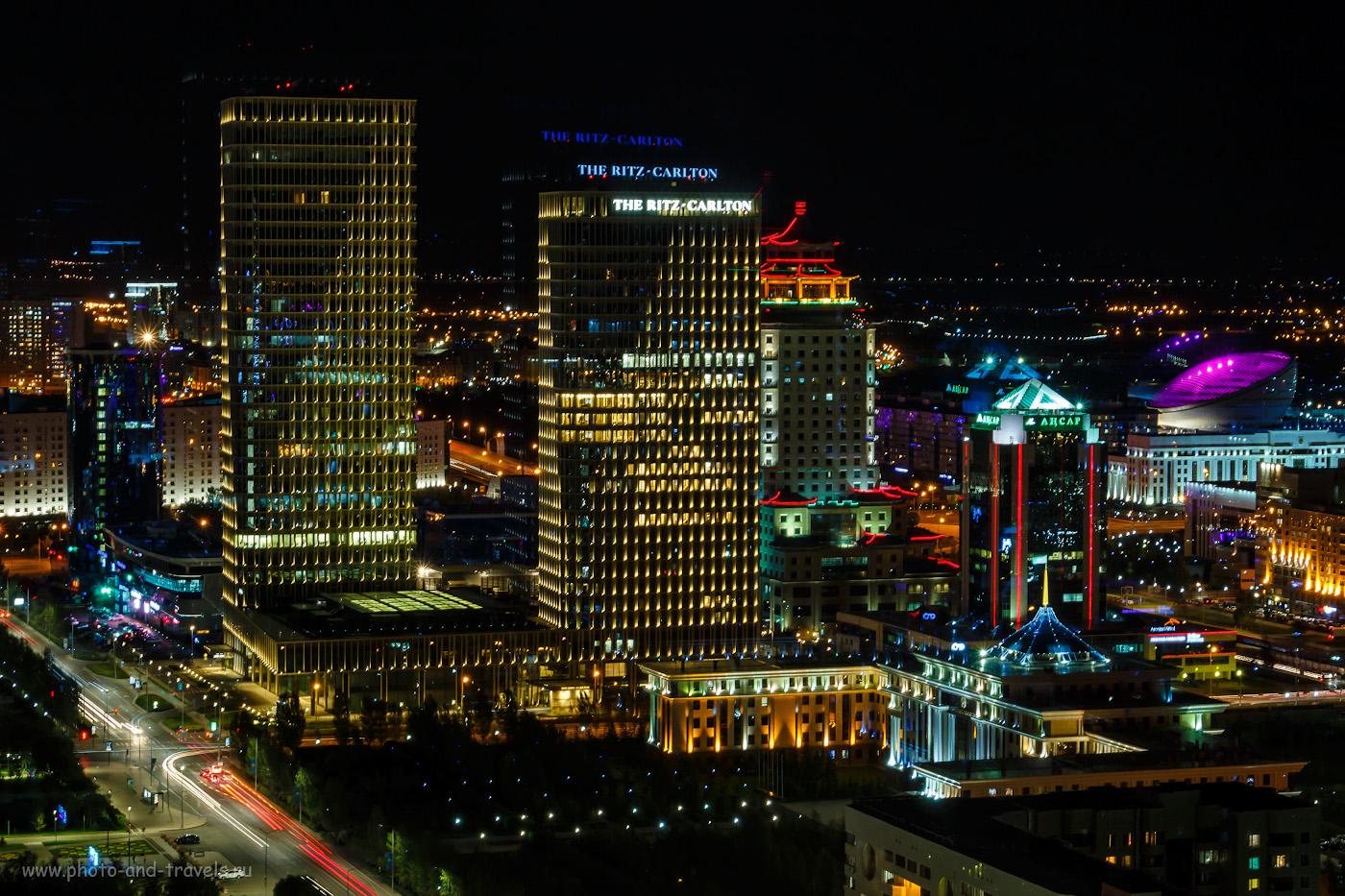 Снимок 37. Астана, башни БЦ «Talan Towers Offices» и роскошного отеля «The Ritz-Carlton Astana», 30 и 25 этажей. 10, -0.7, 16, 400, 50.