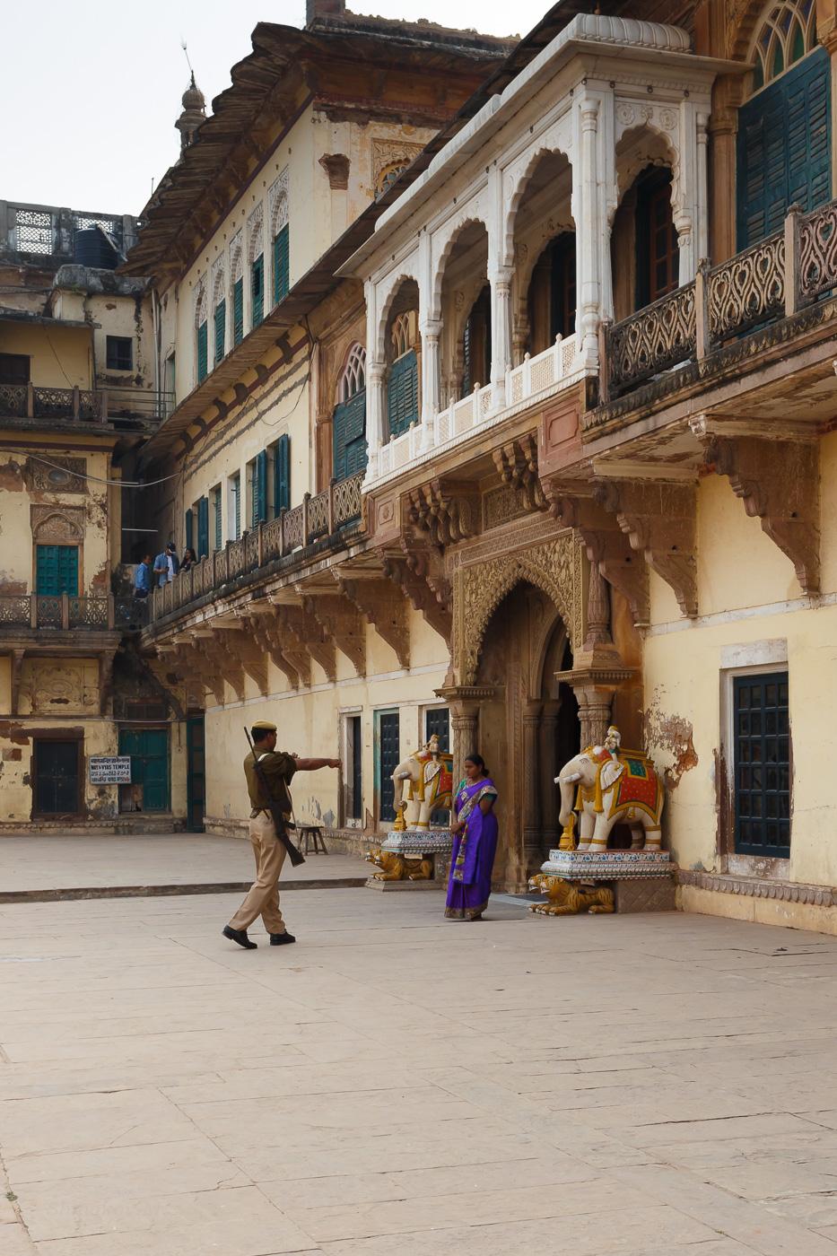 Фото 24. Форт Рамнагар (RamnagarFort). Вся почетная рать. Стоит ли ехать на экскурсию (1/200; 0; 8; 100; 25).