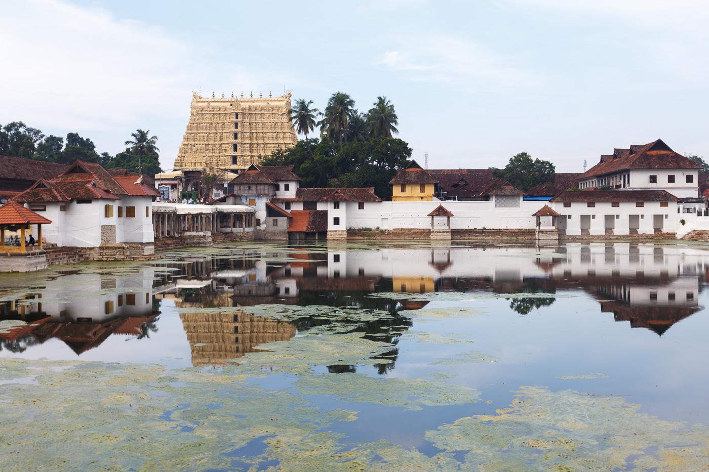 Фотография 25. Вид на храм Падманабхасвами (Sri Padmanabhaswamy Temple). Стоит ли ехать в Кералу (1/250; 0; 8; 100; 40).