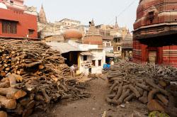 Otchet o poezdke Mikhaila SHmakova v Indiiu v 7-i raz v 2018 godu Marshrut Deli Varanasi Kerala V etot raz avtor pokazal fotografii i rasskazal kak on kupalsia v mutnykh vodakh sviashchennogo Ganga.