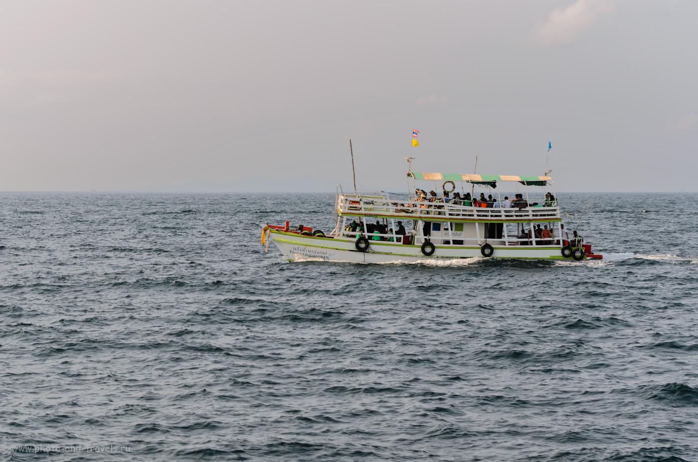 8. Такие паромы курсируют между материком и островом Ко Лан. Стоимостьбилета - 30 бат. Отчет об отдыхе в Таиланде. Советы туристам.