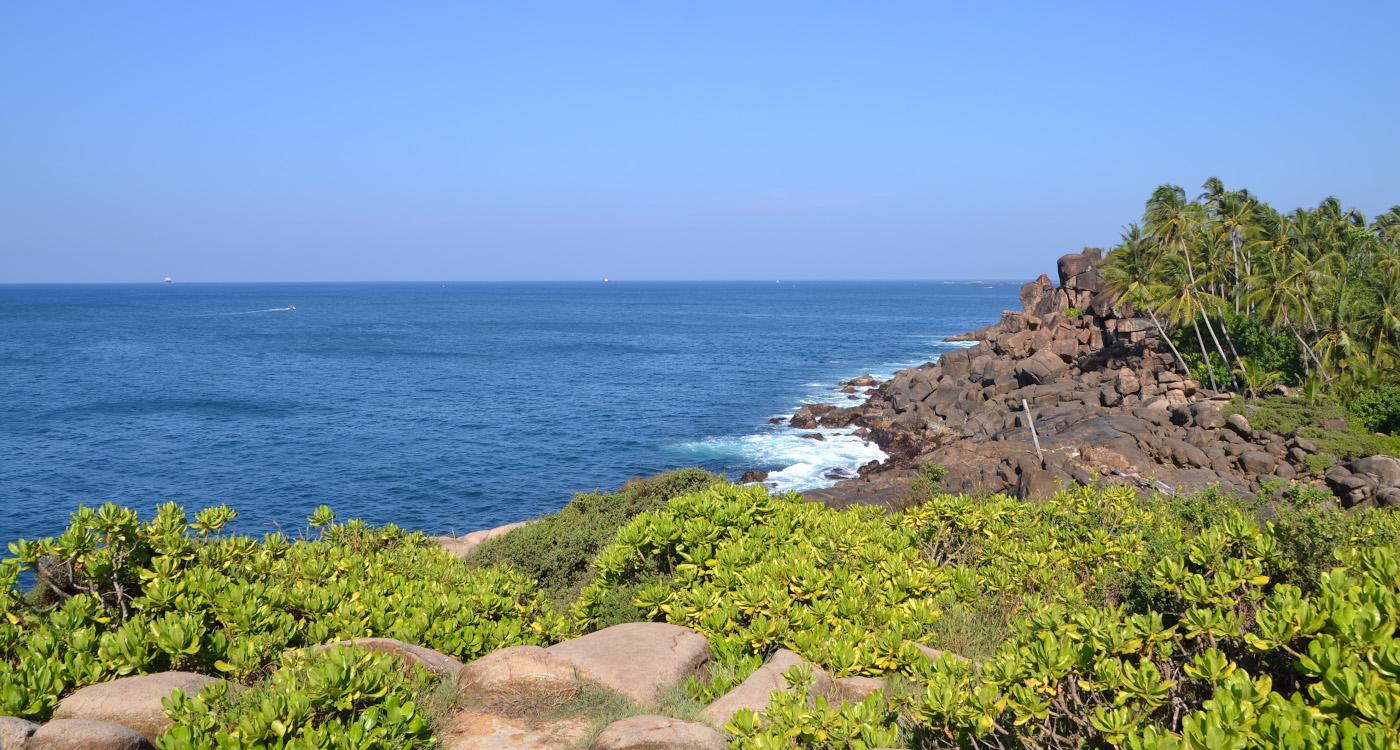 Фото 5. По дороге на Джангл-бич (Jungle Beach), что рядом с пляжем Унаватуна. 1/400, 10, 100, 55.