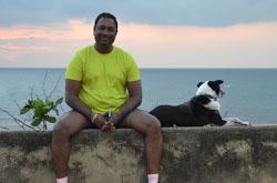 Otdokhnuv na Maldivakh nashi puteshestvenniki uleteli na SHri-Lanku gde vziali v arendu avtomobil s voditelem i posetili osnovnye interesnye mesta TSeilona.